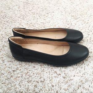"78875e14d8 Naturalizer Shoes - NIB Naturalizer ""Flexy"" Black Leather Flats, 9W"